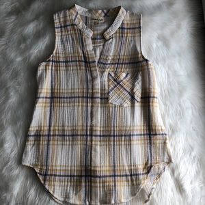 Anthropologie Tops - Cloth & Stone • Plaid Sleeveless Button Up